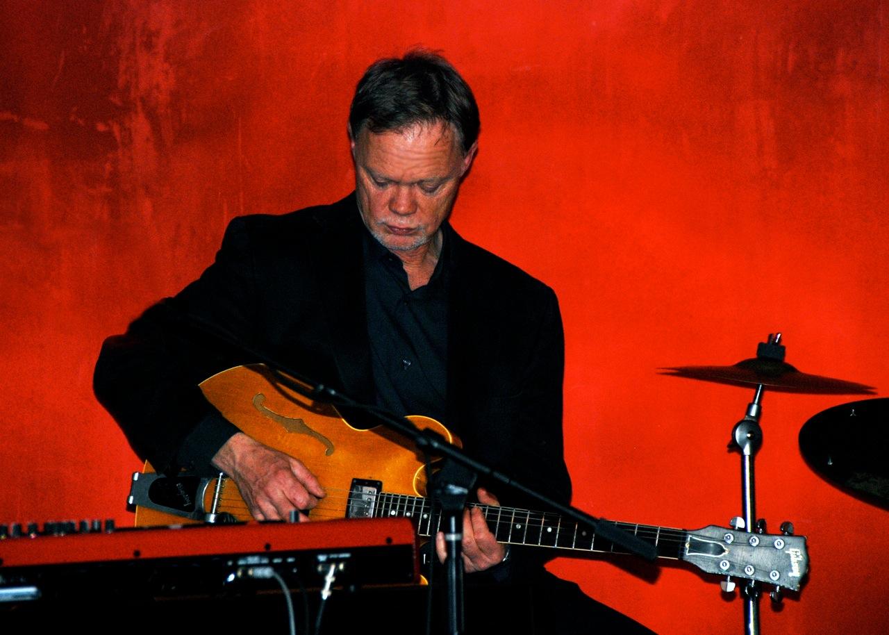 Bobby Keyes, Guitar